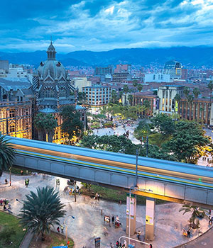 https://static.metrojourneys.com/wp-content/uploads/2018/08/bogota-tour-colombia.jpg