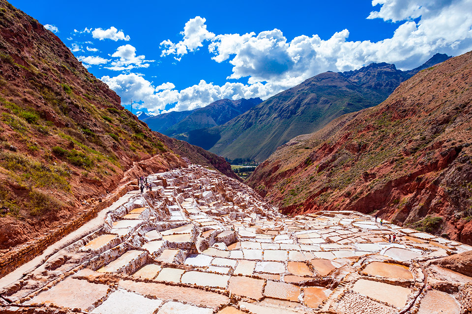 Salineras de Maras en Valle Sagrado, Perú