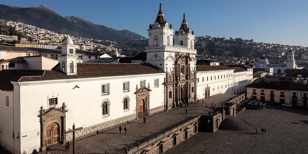 Plaza San Francisco en Quito, Ecuador