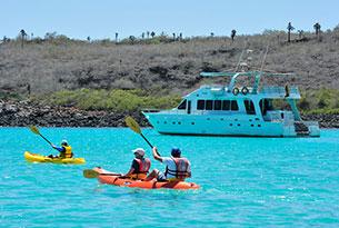 Finch Bay Island 2 Island hopping: Día completo de exploración