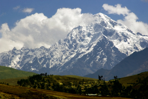 Sacred Valley snowy mountains in Peru