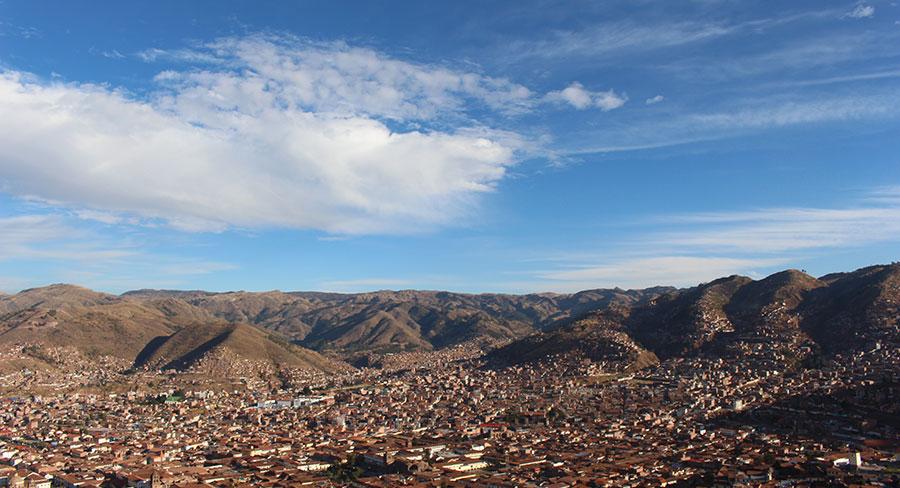 Ciudad de Cusco desde la distancia