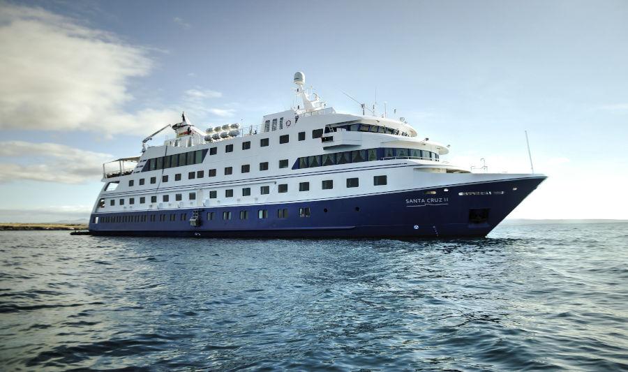 The Santa Cruz II sails the calm waters around the Galapagos