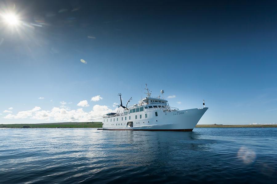 El yate La Pinta, un buque de expedición de las Galápagos